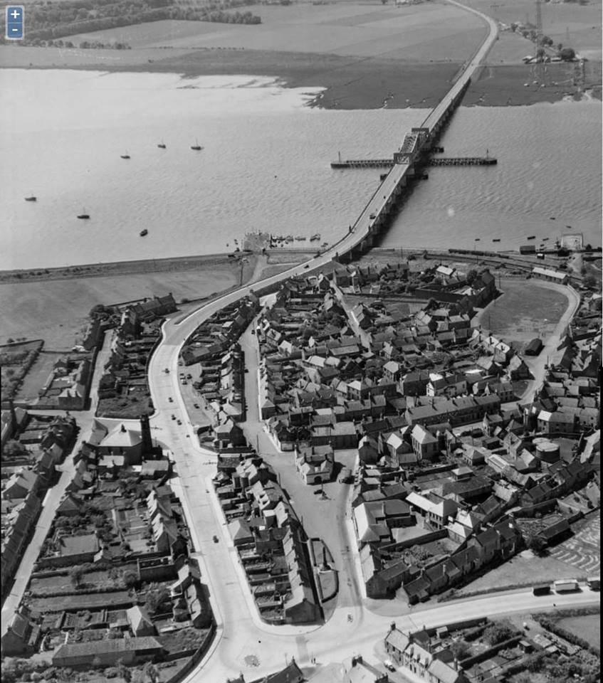 Arial shot of kincardine bridge 1940s 3