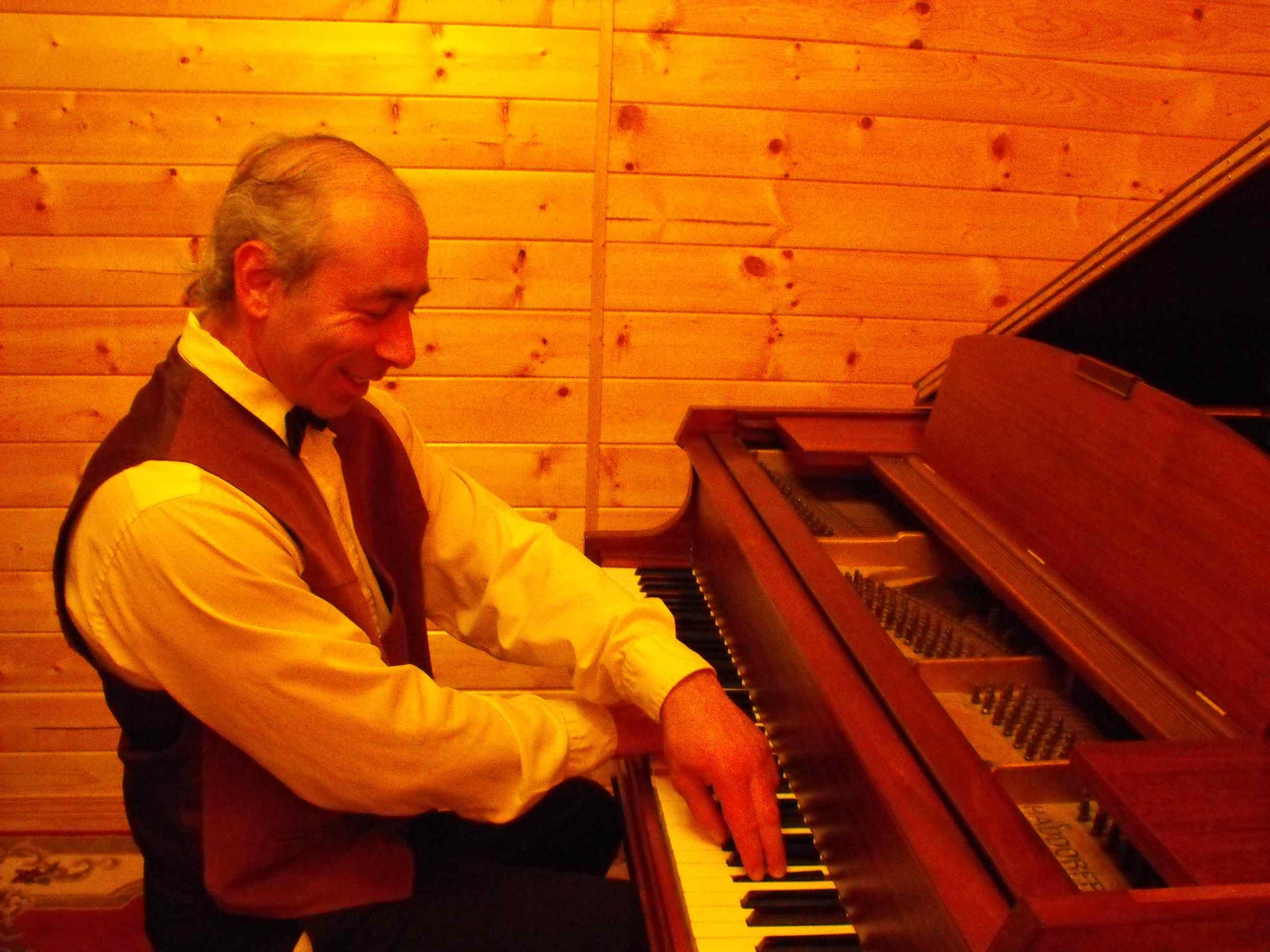 Pianist alexander zlatkovski   craigslist